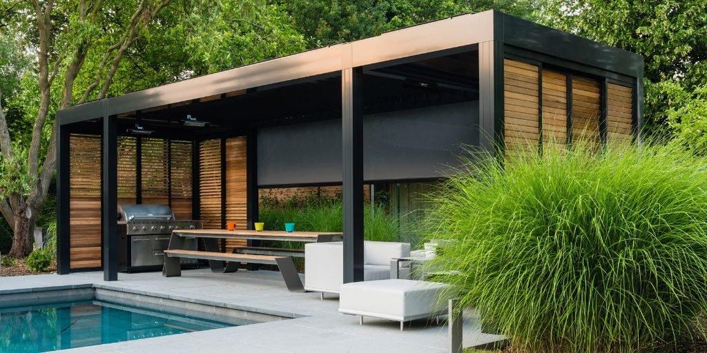 Overdekt terras met waterdichte lamellen of lichtdoorlatend doek - Overdekt terras in aluminium ...